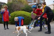 Amy, Gracie, cyclists, singers and cakes